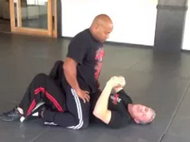 Ground – Punch Defense When Mounted (Bucking Hips) Thumbnail