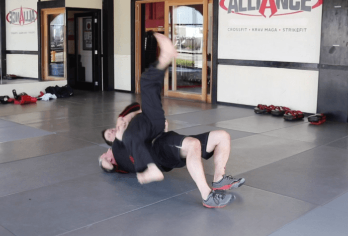 Technique Variation: Level 3 - Ground - Headlock from the Side, Bridging